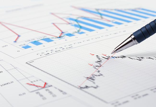 Pen correcting data on regulatory economic graph