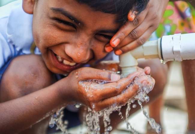 Aligning institutions and incentives for sustainable water supply and sanitation services